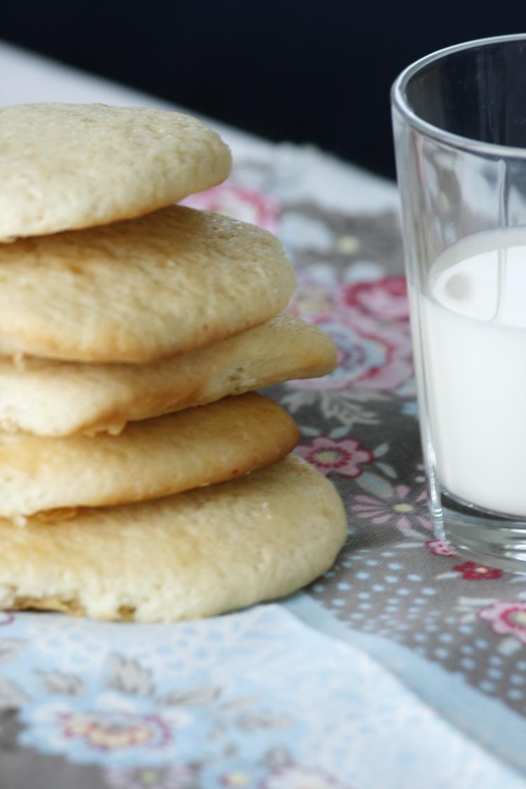 Melk og kaker